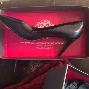 Vince Camuto  👠
